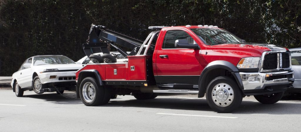 How to Start a Tow Truck Business: The Essential Investments and Steps